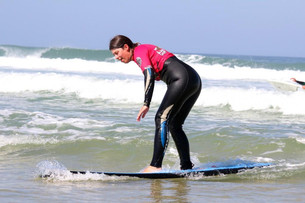 Anne surft
